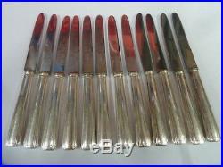 12 COUTEAUX A DESSERT APOLLO ART DECO en métal argenté état brillant 1000