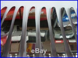 12 COUTEAUX DE TABLE ART DECO en métal argenté état brillant- 1950