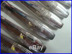 12 COUTEAUX DE TABLE ART DECO en métal argenté état brillant- 912
