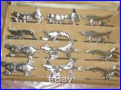 12 Porte couteaux animaliers poissons crustacés Art Déco métal argenté Orbrille