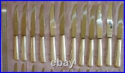 24 couteaux IDEX 12 de table + 12 à fromage en métal argenté modèle Art Déco