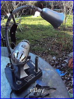 Ancienne lampe machine d'atelier art-déco VITOS