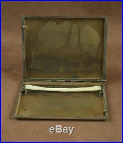 Belle Boite Etui A Cigarette Art Deco En Argent Massif Et Or