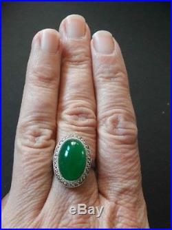 Belle bague ancienne argent, pierres blanches et pierre verte, époque art déco