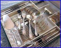 Coffret Menagere Avec Couteaux 62 Pieces Metal Argente Style Louis XV Vers 1950