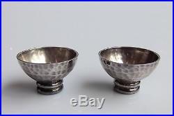 DESPRES Jean (1889-1980) Paire de salerons Art Deco métal argenté signés