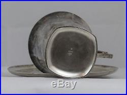 Deux tasses Gallia avec soucoupe, en métal argenté