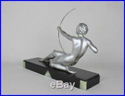 Diane à l'arc, sculpture signée Oudine art déco, XXème siècle