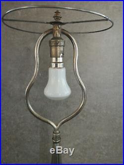 Grand pied de lampe art nouveau en bronze argenté design années 20/30