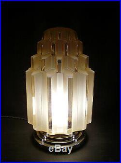 Grande Lampe Building Art Deco Skyscraper Gratte-ciel 1930