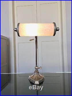 Grande lampe Art Déco en bronze et pâte de verre Lampe de Bureau, Table