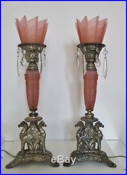 Grandes lampes époque Art Déco Américaines Verre pressé et régule argenté 1930