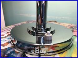ILRIN Rare lampe de Bureau Art Déco Modele 135 Opaline et métal chromé Etat Sup