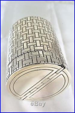 JEAN PUIFORCAT, Paris. Boite en argent à décor géométrique 213 gr Art Deco