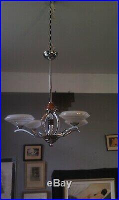 Lustre Art Déco 1930/40 bronze et laiton chromés verrerie nuage et filet argenté
