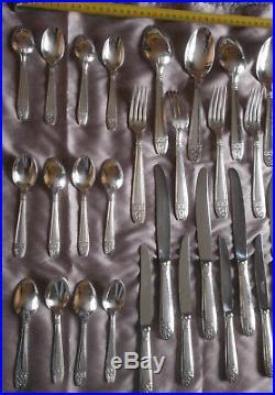 Ménagère BAYARD métal argenté art déco GRAND PRIX 62 pièces dont 24 couteaux
