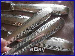ORBRILLE 12 couteaux de table art déco en métal argenté & lames inox L = 25 cm
