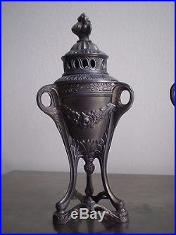 PAIRE GRAND BRULE PARFUM 1900 St LOUIS XVI 24cm URNE DECO METAL PERFUME CENSER