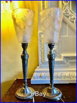 Paire De Lampes Art-déco Époque 1920/1930 Tulipes Pte De Verre Roc Modernistes