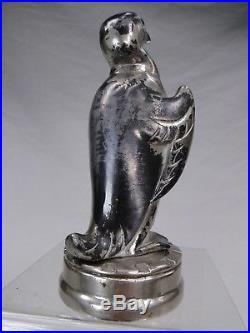 Rare Bouchon De Radiateur Art Deco Automotive Car Mascot Pingouin Bronze Argente