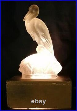 Rare veilleuse au pélican en pate de verre art déco