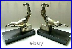 Serre livres sculpture Art Déco 1925 bronze argenté et marbre oiseaux signés