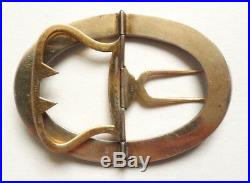 Une boucle de ceinture en vermeil argent et émail vers 1930